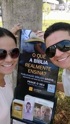 Itapira, São Paulo, Brazil. JW.org has Bible and Bible based literature in over 700 languages! #literature_cart
