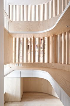 Paris Flat was recently completed by Julien Joly Architecture. Description by Julien Joly: A small apartment, three windows, a remote entrance. The kitchen is moved… Continue reading Archi Design, Architect Design, Timber Cladding, Cladding Ideas, Paris Flat, Curved Walls, Parisian Apartment, Wood Interiors, Commercial Interiors