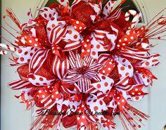 Christmas Deco Mesh Wreath, Christmas Wreath, Christmas Door Wreath, Seasonal Wreath, Holiday Wreath, Wreaths for Christmas, Christmas Decor