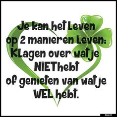 Zieer.nl - grappige plaatjes, grappige foto's, grappige videos, moppen, de beste moppen Happy Quotes, Positive Quotes, Positive Vibes, Funny Quotes, Life Quotes, Qoutes, Lifetime Quotes, When Life Gets Hard, Dutch Words