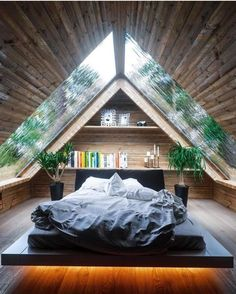 9 Attentive Cool Tricks: Natural Home Decor Boho Chic natural home decor modern fireplaces.Simple Natural Home Decor Texture all natural home decor spaces.Natural Home Decor Living Room. Rustic Master Bedroom Design, Bedroom Rustic, Wood Bedroom, Cabin Plans With Loft, A Frame House, Natural Home Decor, Tiny House Design, Dream Rooms, Beach House Decor