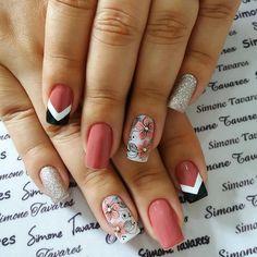 Clique na Foto 2 Vezes e Aprenda Fazer Lindas Unhas de Gel, Acrigel e de Fibra. Aycrlic Nails, Love Nails, Fun Nails, Classy Nails, Stylish Nails, Girls Nails, Pretty Nail Art, Cute Acrylic Nails, Gorgeous Nails