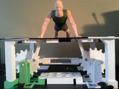 Daniel Fox 3D prints very impressive automaton that does pushups when you turn the crank