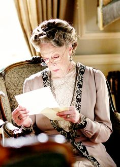 "dontbesodroopy: "" ""Maggie Smith as Violet Crawley - Downton Abbey, episode 6x05 "" """