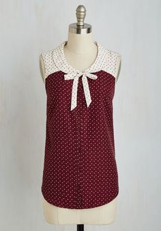 Your smile will look all the brighter after you button into this maroon-and-white dotted tank! Part of our ModCloth namesake label, this fun style features a charming Peter Pan collar and a tied neckline detail. Vintage Shorts, Vintage Tops, Vintage Outfits, Vintage Fashion, Retro Vintage, Retro Fashion, Mode Style, Plus Size Tops, Blouses For Women