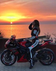 Motorcycle for women motorbikes biker chick 53 Ideas – Classic Cars Motorbike Girl, Motorcycle Bike, Women Motorcycle, Motorbike Photos, Girl Bike, Girl Car, Dirt Bike Girl, Moto Bike, Motorcycle Outfit