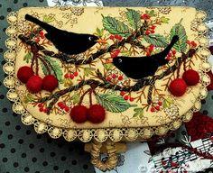 I ❤ embroidery . . .beautiful work ❤ it . . .