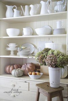 Friday Favorites- 3 simple tips on how to style shelves