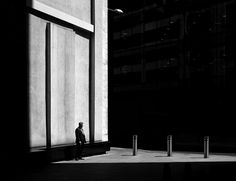 "There is something deliciously mysterious about Rupert Vandervell's ""Man on Earth"" series. The British photographer constructs contemporary. Photography Series, Image Photography, White Photography, Fine Art Photography, Street Photography, Space Projects, Photo Projects, Modern City, Contemporary Photography"