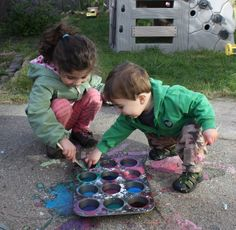 Featured from Buggy and Buddy - Homemade Sidewalk Chalk Paint