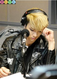 Key Shinee on the radio
