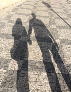#shadow #love #photography Couple Shadow, Love In Islam, Silhouette Photography, Relationship Goals Pictures, Instagram Story Ideas, Friend Photos, Muslim Couples, Best Couple, Tumblr Girls