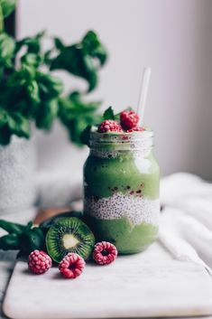 When you're in the mood for something fresh, healthy, and delicious, try this Green Power Smoothie with Chia! Super simple, yet just the right amount of fancy. Power Smoothie, Energy Smoothies, Smoothie Bowl, Healthy Smoothies, Smoothie Recipes, Green Smoothies, Juicer Recipes, Smoothie Cleanse, Salad Recipes