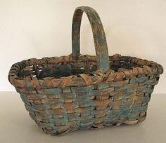 Blue splint gathering basket Old Baskets, Vintage Baskets, Wicker Baskets, Primitive Kitchen, Primitive Antiques, Painted Baskets, Paper Boxes, Antique Paint, Basket Bag