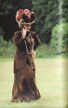 Judi Dench  The Importance Of Being Earnest  2002