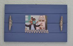 Beachy Picture Frame. Rustic simple decor. Beach style. Nautical style. Coastal living. Cleat