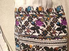 Ukrainian folk blouse embroidery from Sokal distict.