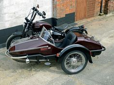 Watsonian Sidecars Now Fit the Triumph Bobber Above View Triumph Motorbikes, Triumph Bobber, Enfield Motorcycle, Bobber Motorcycle, Girl Motorcycle, Motorcycle Quotes, Scooter Bike, Specialized Bikes, Motorcycle Types