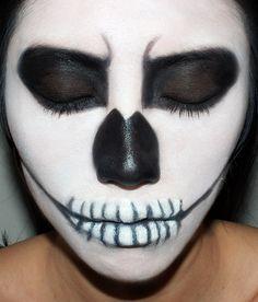 Halloween skeleton makeup tutorial