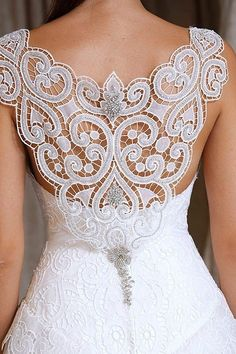 Back drama wedding dress