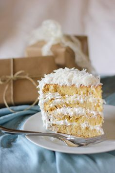 Moist Fluffy Coconut Cake by willowbirdbaking: Oh my! My favorite kind of cake! Cupcakes, Cupcake Cakes, Poke Cakes, Layer Cakes, Köstliche Desserts, Delicious Desserts, Yummy Food, Sweet Recipes, Cake Recipes
