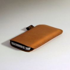 Love this leather iPhone case Get your hands on beautiful leather cases at 90% off wholesale price.