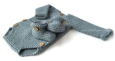 Baby Booties – Easy Pattern & Tutorial Knitted Baby Booties -Two needle EASY Knitting Pattern & tutorialKnitted Baby Booties -Two needle EASY Knitting Pattern & tutorial Baby Cardigan Knitting Pattern Free, Baby Booties Knitting Pattern, Baby Boy Knitting, Knit Baby Booties, Easy Knitting Patterns, Baby Sewing, Baby Patterns, Booties Crochet, Baby Romper Pattern