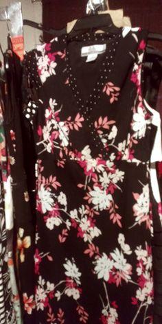 Trendy Dresses, Floral Tops, Women, Fashion, Moda, Funky Dresses, Top Flowers, Fashion Styles, Fashion Illustrations