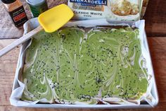 asian-matcha-holiday-bark_tray_600x400