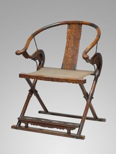 This unusual Chinese huanghuali armchair with silver inlay and a canvas seat dates to the late 16th or early 17th century. Thanks to an ingenious mechanism, the rare seating form folds up for easy transport, perfect for leisure activities or a battlefield campaign tent. Courtesy Nelson-Atkins Museum of Art, Kansas City, Missouri. Chinese faldstool?