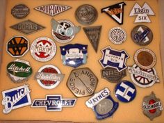 The Benefits of Using Badges and Emblems Old American Cars, American Classic Cars, Company Badge, Car Bonnet, Car Radiator, Bentley Car, Car Signs, Car Badges, Hood Ornaments
