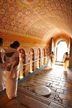 Temple of the Sacred Tooth Relic, Kandy,  Sri Lanka, Indian Ocean, Asia