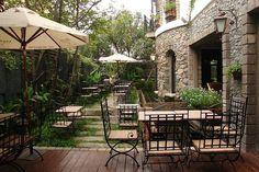 Garden Coffee, Cafe Shop, Cafe Interior, Restaurant Design, Patio, Outdoor Decor, Ground Coffee, Coffee Ideas, Home Decor