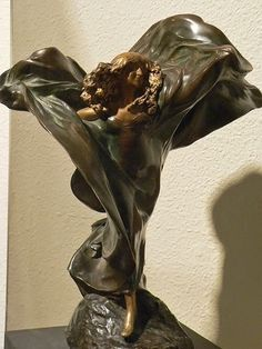 Loie Fuller in The Lily Dance by Theodore Louis-Auguste Riviere French 1896 Gilded Bronze. Collection of Maryhill Museum of Art. Photo by Mary Harrsch.