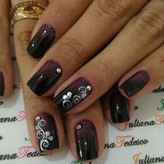 Acrylic nails, gel nails and porcelain nails: photos, designs, ideas and differences - Womenform. Pale Pink Nails, Gold Nails, Glitter Nails, Hair And Nails, My Nails, Nagel Blog, Nails 2017, Nail Photos, Shellac