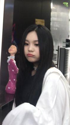 Your Girl, My Girl, Kim Ye Won, G Friend, Me Too Meme, Some Girls, Kpop Outfits, Meme Faces, Bias Wrecker