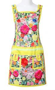 To find out about the Yellow Spaghetti Strap Sleeveless Floral Dress at SHEIN, part of our latest Dresses ready to shop online today! Spring Color Palette, Cute Aprons, Retro Apron, Sewing Aprons, Apron Dress, Latest Dress, Designer Dresses, Floral Prints, Style Inspiration