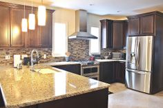 Wonderful Traditional Kitchen Design Ideas and Photos - Zillow Digs