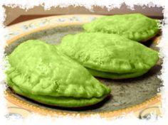 Eerie Empanadas... link to top 10 Halloween Snacks & Halloween Appetizers