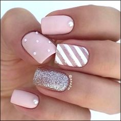 There are three kinds of fake nails which all come from the family of plastics. Acrylic nails are a liquid and powder mix. They are mixed in front of you and then they are brushed onto your nails and shaped. These nails are air dried. Stylish Nails, Trendy Nails, Elegant Nails, Cute Acrylic Nails, Cute Nails, Pastel Nail Art, Nail Art Rose, Matte Gel Nails, Pearl Nail Art