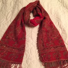 Anthropologie Accessories - Anthropologi beautiful scarf