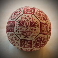 Bea's Stitcheries: Finished Quaker Ball