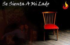 AlejoFenix Poesía®: Se Sienta A Mi Lado