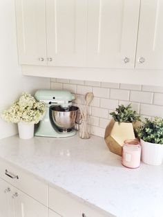 Pastels, Gold & White in the kitchen