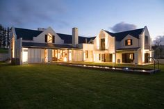 Cape Dutch Houses - characteristics of the architecture style that developed in Cape Town in the century - top architectural tourist attractions. See Cape Dutch gables and house plans of various heritage buildings of South Africa. Farmhouse Architecture, Classic Architecture, Vernacular Architecture, Residential Architect, Architect Design, South African Homes, L Shaped House, Cape Dutch, Pool House Plans