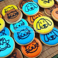 More of the delicious cuteness available today at Pet Valu in Bradford.  I will be there from 10 am onwards today selling cookies to raise $$ for local pet charities. I hope to see you soon!  #sweethandmadecookies #customcookies #decoratedcookies #designercookies #cookies #bradfordontariocookies #petvalubradford #fundraisercookies