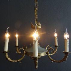 Bronzen empire hanglamp met zes armen en antiek groen