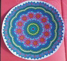 Mandala kirjasta: Väritä itsellesi mielenrauhaa Beach Mat, Outdoor Blanket, Mandalas