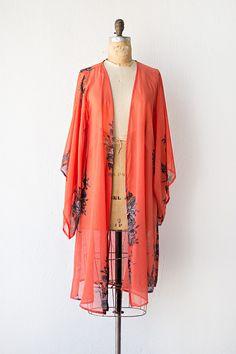 LOVE this vintage 1970s coral gypsy chiffon kimono robe