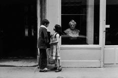 Black and White Street Photography by Peter Turnley Published by crephoto